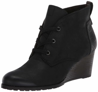 Cobb Hill Women's Lucinda Chukka Boot