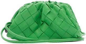 Bottega Veneta The Pouch Mini Intrecciato-leather Purse Clutch - Green