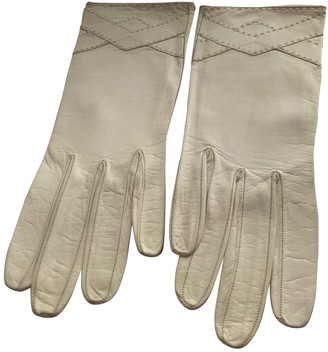 Christian Dior White Leather Gloves