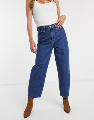 Levi's balloon leg jean in indigo