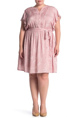 Dr2 By Daniel Rainn Pleat Front Flutter Sleeve Waist Tie Dress (Plus Size)