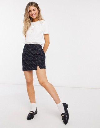 Abercrombie & Fitch bias-cut mini skirt with slit in black plaid