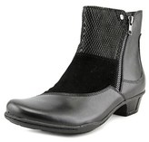 Earth Orion Women Round Toe Leather Black Ankle Boot.