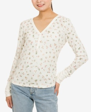 Hippie Rose Juniors' V-Neck Long-Sleeve Henley Top