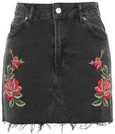 Tall rose embroidered skirt