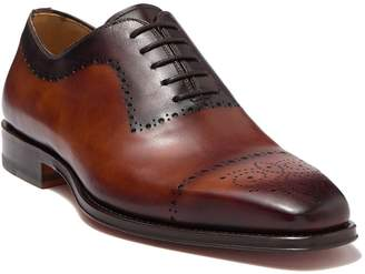 Magnanni Shae Leather Medallion Toe Oxford