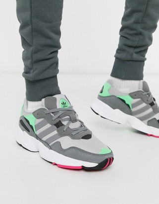 adidas YUNG-96 trainers in grey