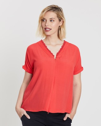Bump Love Maternity Lucy Lace Tee