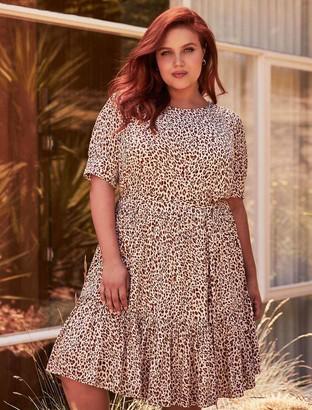 Forever New Loretta Curve Tiered Smock Dress - Garnet Animal - 16