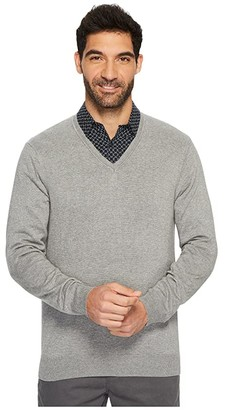 Perry Ellis Classic Solid V-Neck Sweater