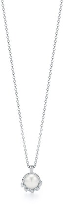 Tiffany & Co. Paloma Picasso Olive Leaf pendant in sterling silver with a freshwater pearl