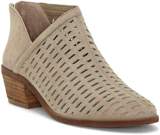Vince Camuto Women's Casual boots FOXY - Taupe Pekkan Cutout Suede Bootie - Women