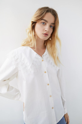 Crās Cras Laracras Lace Trim Button-Down Shirt