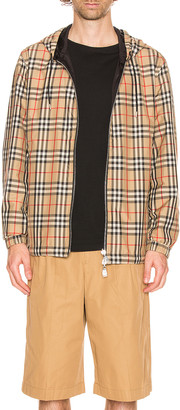 Burberry Stretton Reversible Jacket in Archive Beige IP Check | FWRD