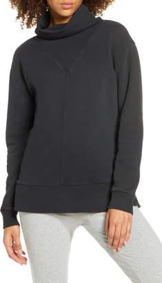 Zella Weekend Pullover