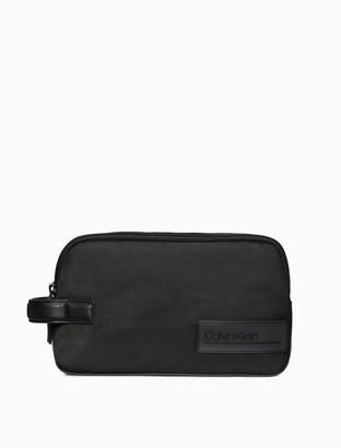 Calvin Klein Tech Nylon Dopp Kit