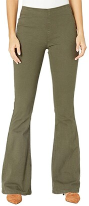 Rock and Roll Cowgirl High-Rise Pull-On Flare in Olive Green W1P6157 (Olive Green) Women's Jeans