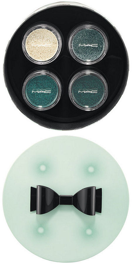 MAC Guilty Passions - 4 Brilliantly Cool Crushed Metallic Pigments Kit