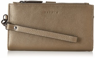 Essere Women's Genuine Leather Wristlet with detachable hand strap and multiple pockets - Metallic Copper