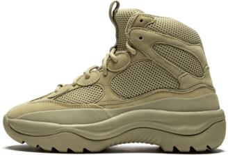 Yeezy Desert Boot Shoes - Size 40