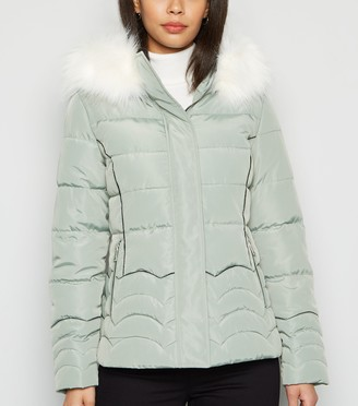 New Look Cameo Rose Faux Fur Puffa Jacket