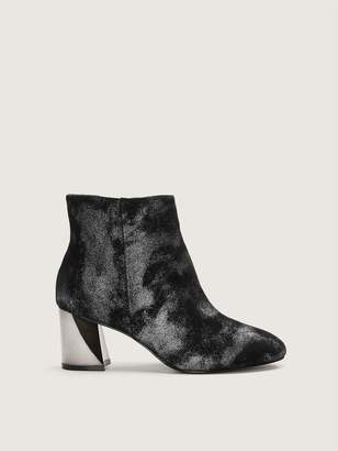 KENDALL + KYLIE Wide Hadlee Faux Leather Ankle Bootie