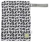 Itzy Ritzy® Travel HappensTM Medium Sealed Wet Bag in XOXO Black/White