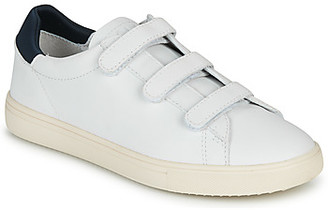 Clae BRADLEY VELCRO women's Shoes (Trainers) in White