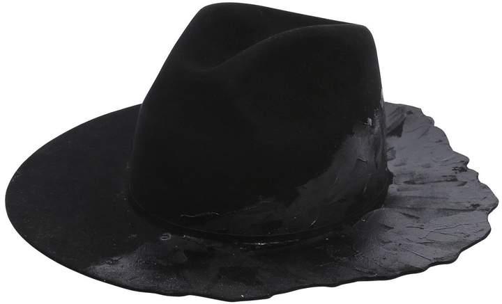 Cinzia Araia Ilariusss X Burned Hat