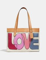 Coach Tote 33 With Love Print