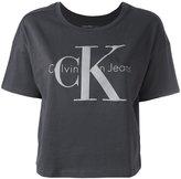 Calvin Klein Jeans boxy logo T-shirt - women - Cotton - XS