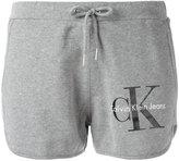 Calvin Klein Jeans logo print shorts - women - Cotton - XS