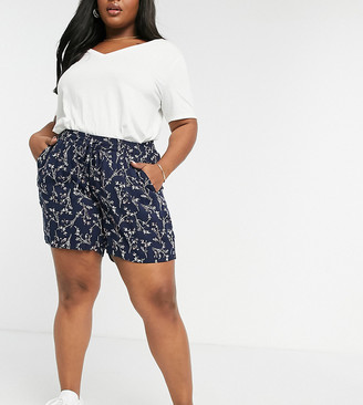 Junarose tie waist shorts in navy floral