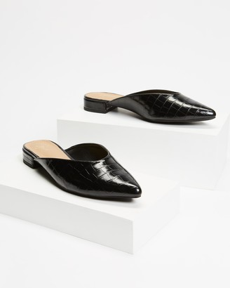 Spurr Women's Black Loafers - Chipper Flats - Size 5 at The Iconic