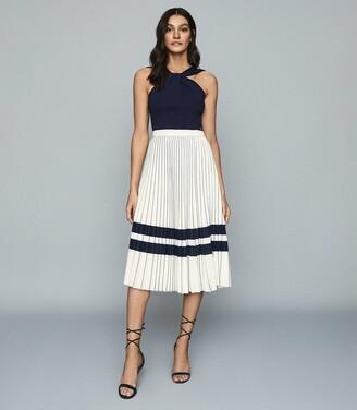 Reiss Annabelle - Pleated Midi Skirt in Cream/navy