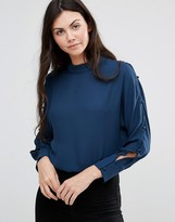 Lavand Blouse with Open Arm Holes in Blue
