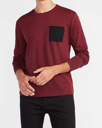 Express Solid Moisture-Wicking Performance Pocket T-Shirt