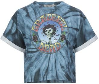 Alice + Olivia Jeans T-shirts