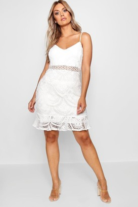 boohoo Plus Lace Peplum Mini Dress