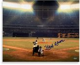 Bed Bath & Beyond Hank Aaron Autographed 715th Home Run 16-Inch x 20-Inch Photograph