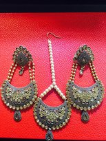Stunning Jewellery Latest Indian Earring & Tikka Design, Light and Comfortable to Wear, Lead & Nickel Free Material Based Metal, Gold Base with White Stone, At Wholesale Prices, Canadian Company Canadian Stock