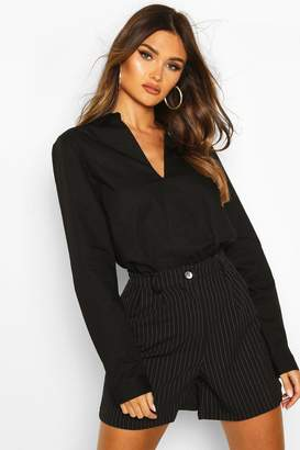 boohoo Cotton V Neck Tailored Collared Blouse