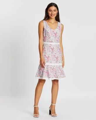 Review Falling Blossom Dress