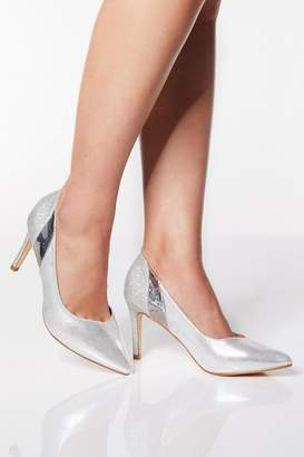 Quiz Wide Fit Silver Metallic Mid Heel Court Shoes