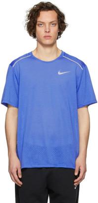 Nike Blue Rise 365 T-Shirt