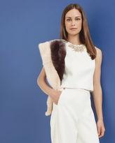 WYN Twotone faux fur scarf