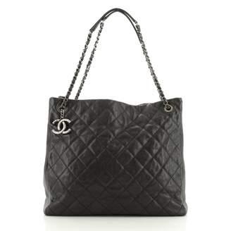 Chanel \N Black Leather Handbags