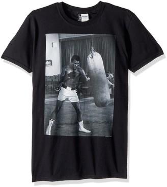 American Classics Unisex-Adults Big and Tall Muhammad Ali Punching Bag Short Sleeve T-Shirt
