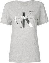 Calvin Klein Jeans logo print T-shirt - women - Cotton - XS