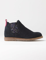 Boden Chelsea Boots